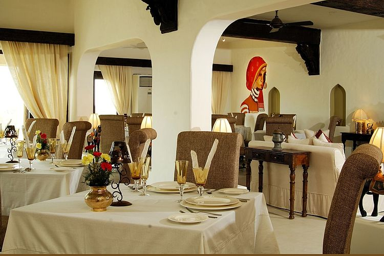 Mihir Garh Fort - Dining - India