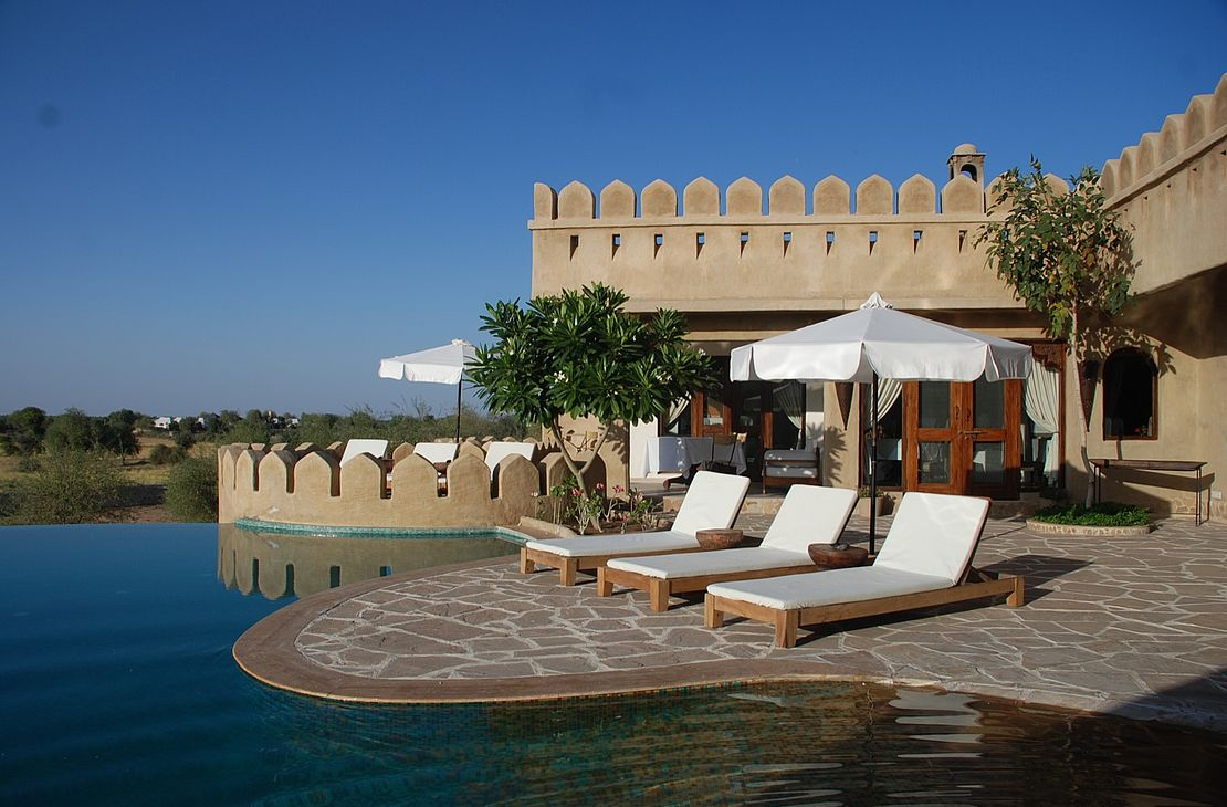 Mihir Garh Fort - Pool and Terrace - India