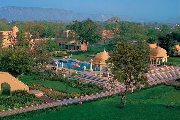 The Oberoi Rajvilas - Gardens - India