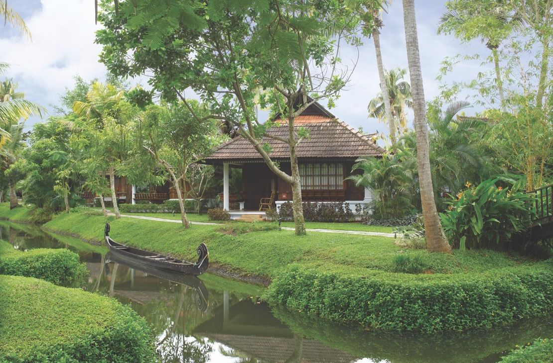 Kumarakom Lake Resort - Garden and Pavilions - India
