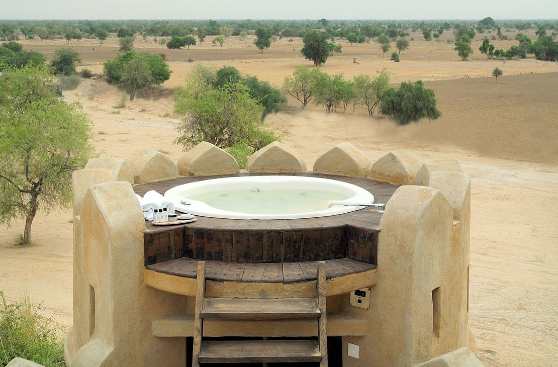 Mihir Garh Fort - Jacuzzi - India