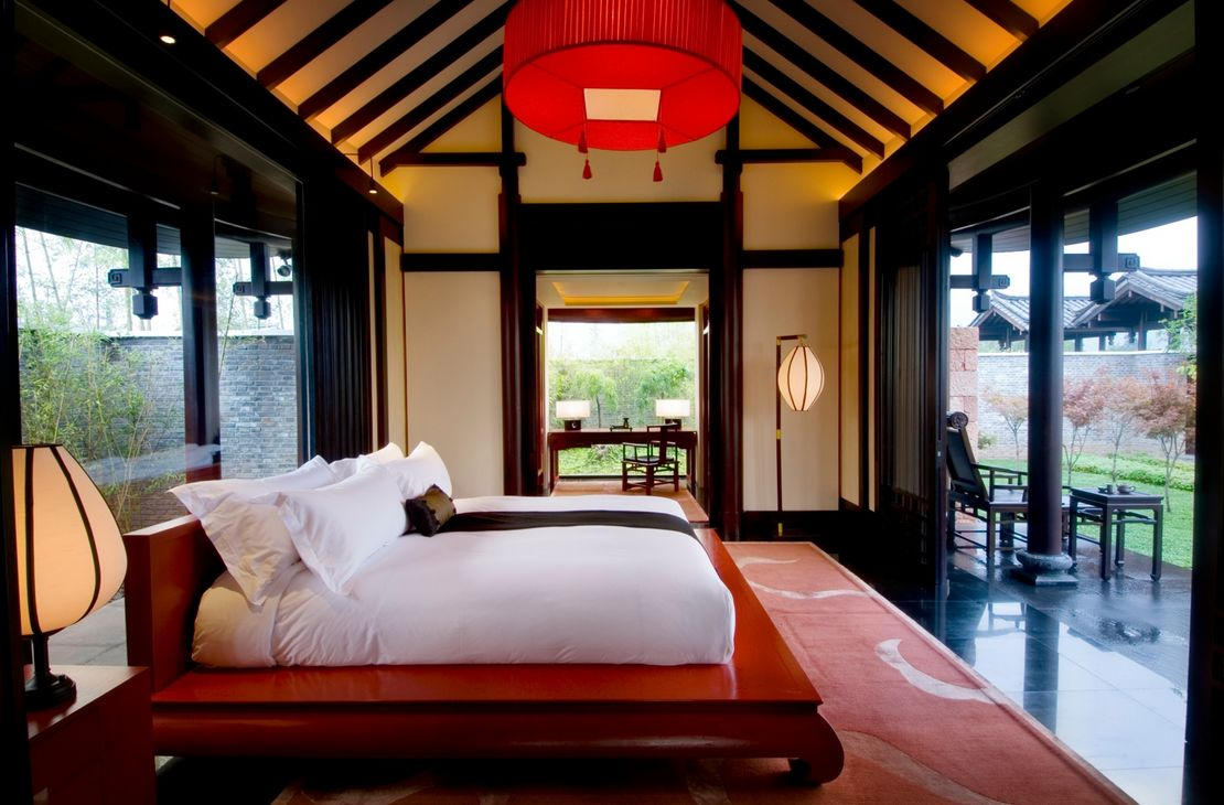Banyan Tree Lijang - Garden Villa Bedroom - China