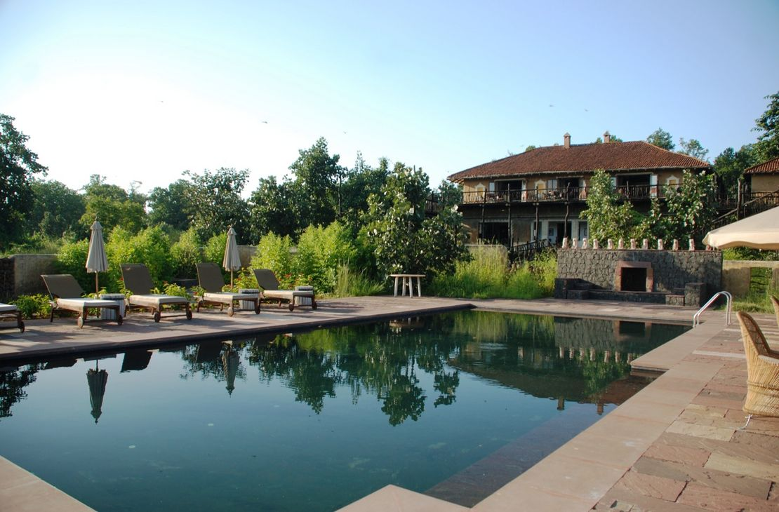 Samode Safari Lodge - Pool and Terrace - India
