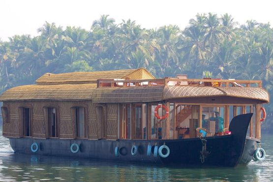 Lotus Houseboat - India