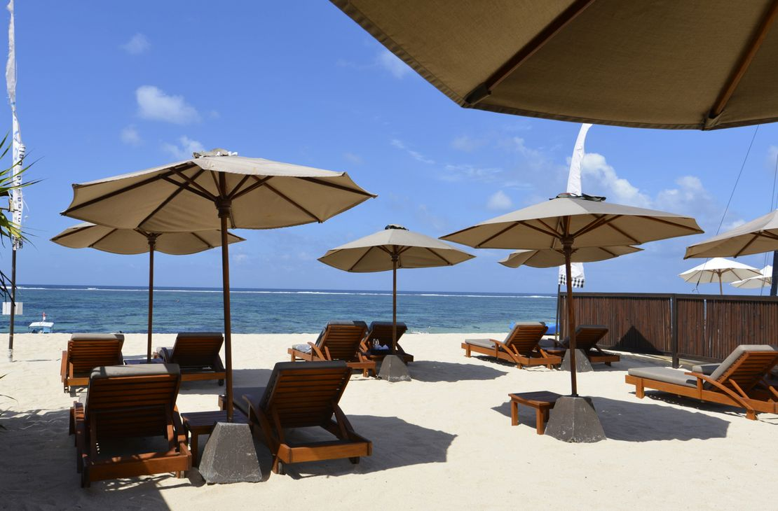 The Bale beach club at geger beach- Indonesie