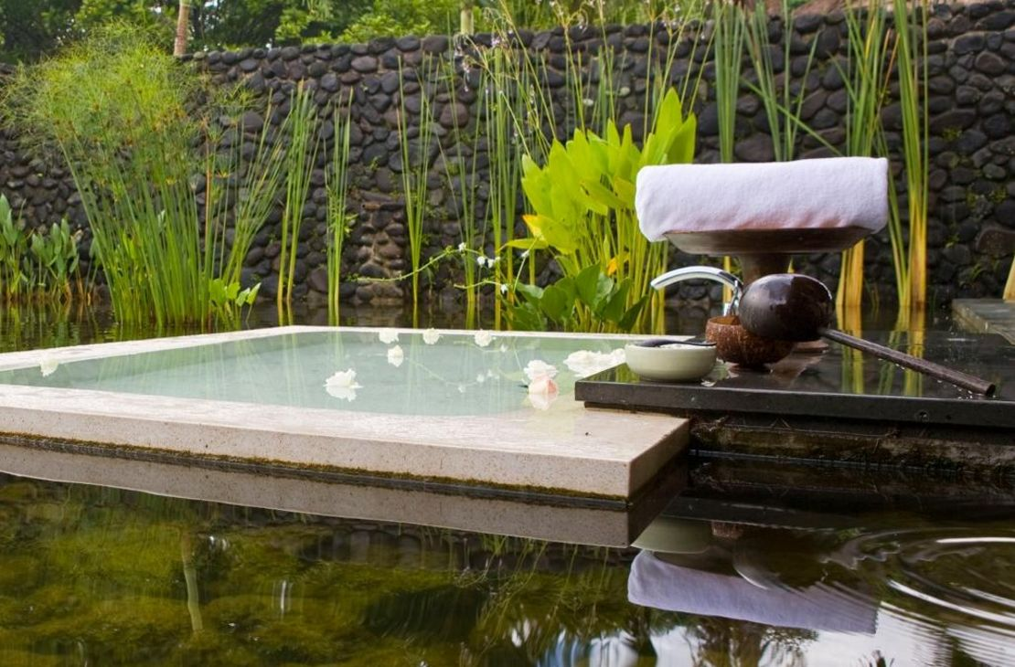 Alila Ubud pool villa bath area-Indonesie