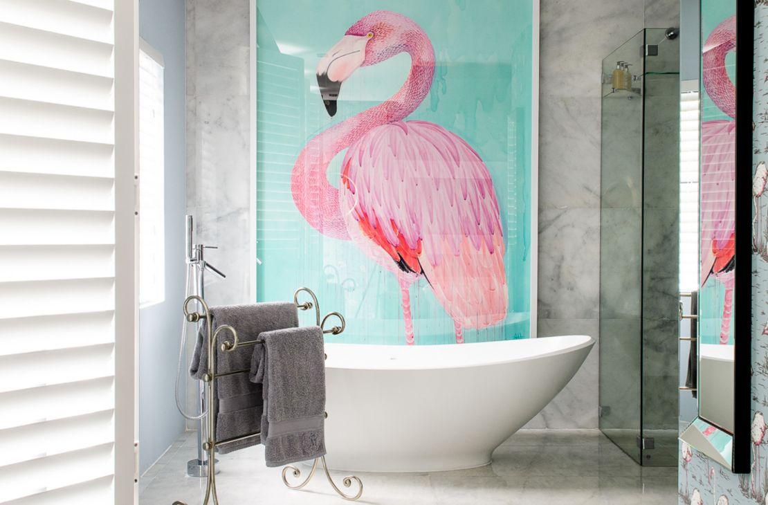 De Flamingo Badkamer : Mannabay talisman travel design